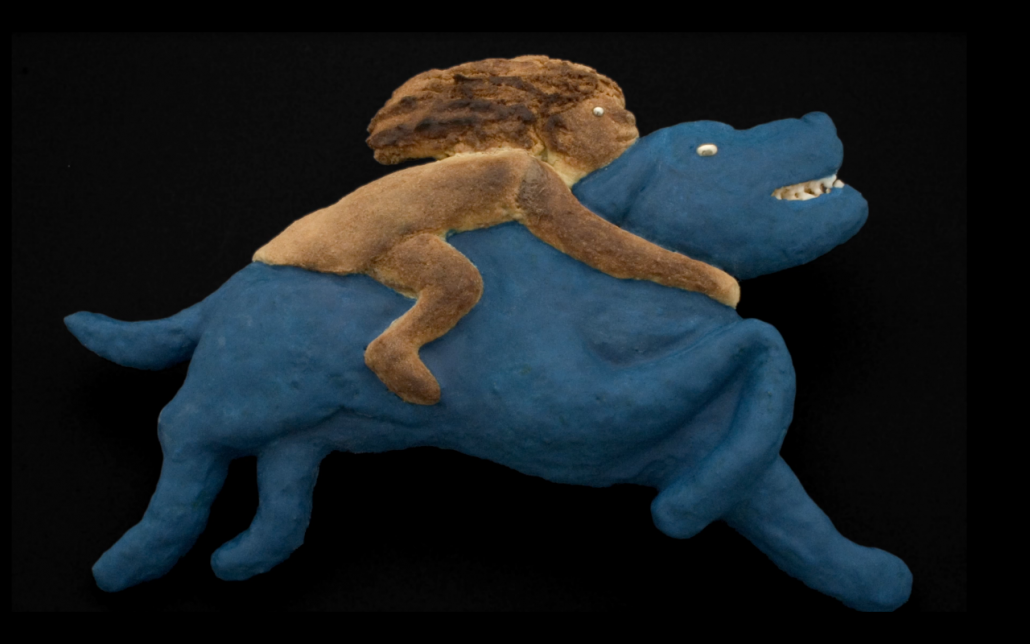 Sculpture-Chien bleu